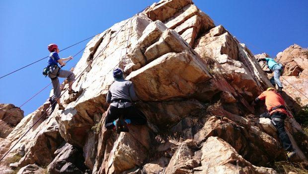 Northcliff RIdge climbing