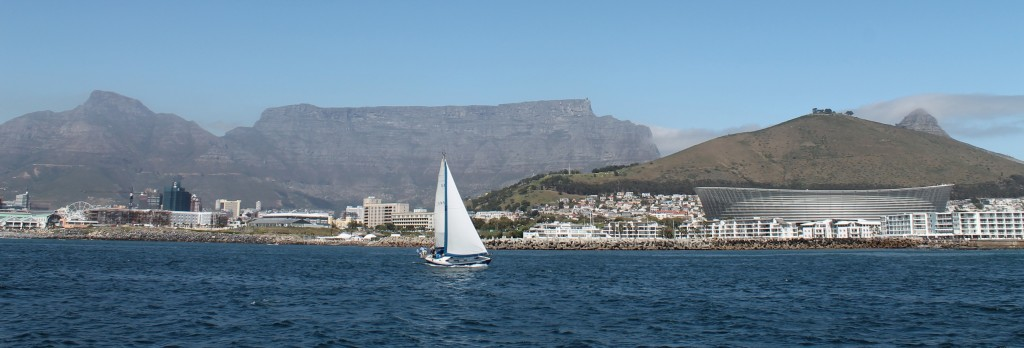Table Mountain cape town by yacht